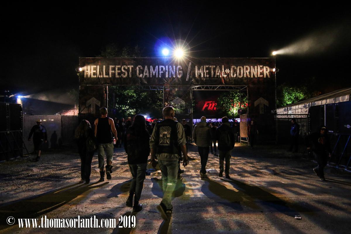Ambiance et VIP dans le pit – Hellfest 2019